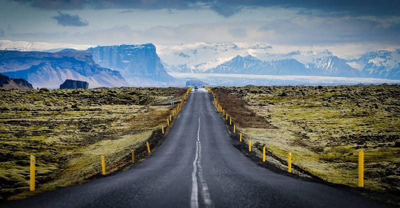 Походы по Исландии в июне - дорога в парке Скафтафетль