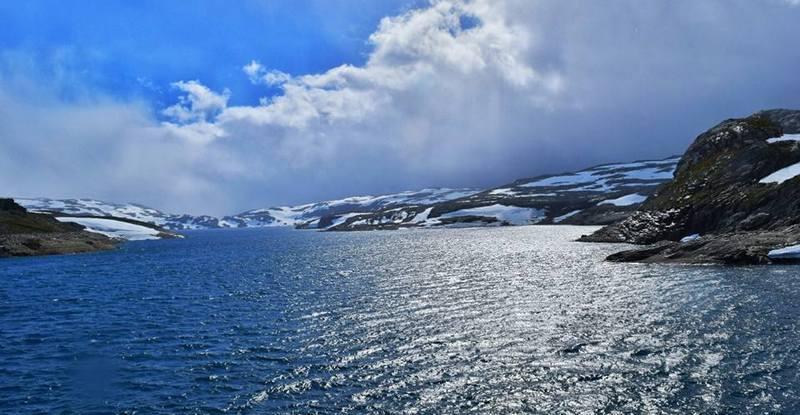 Горное озеро в Норвегии